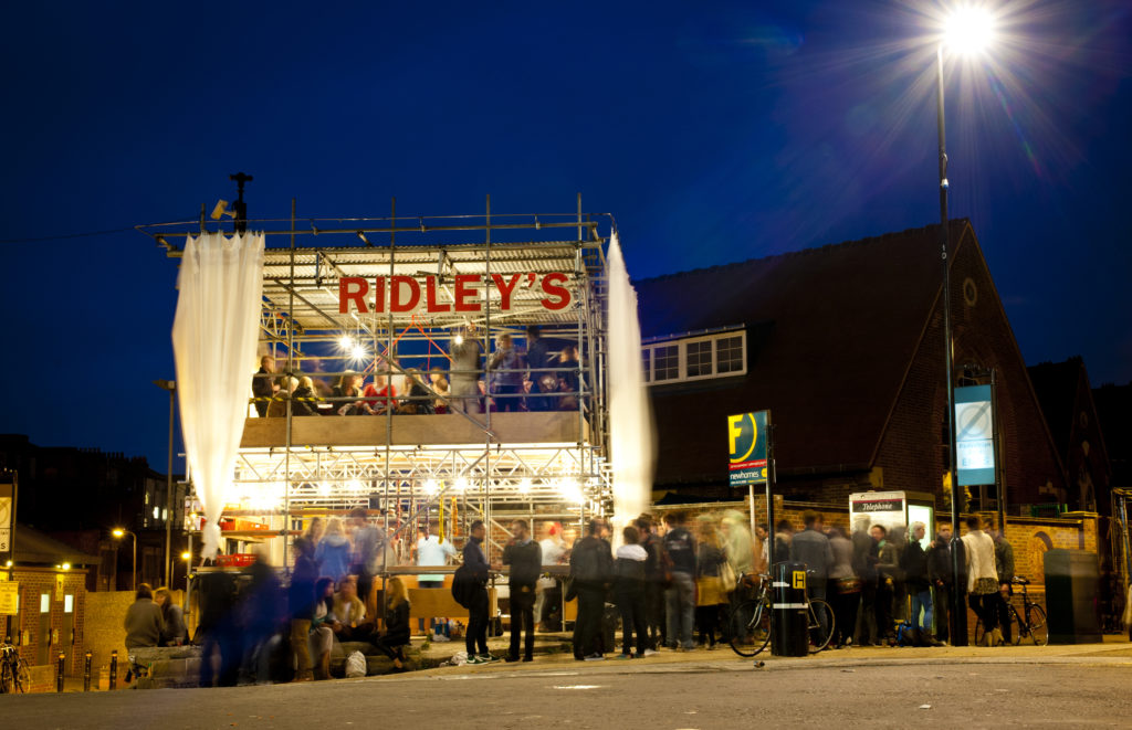 Ridley's Pop Up Restaurant, Dalston, London, UK, 07/09/2011 © Dosfotos